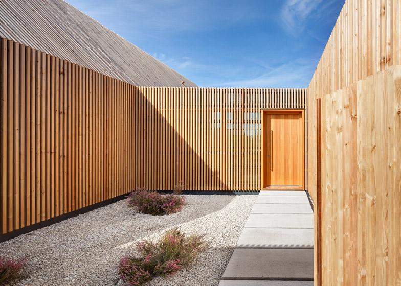 House-by-Kuhnlein-Architektur_dezeen_784_5
